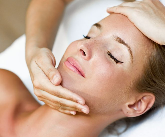 Masaż twarzy i dermomasaż